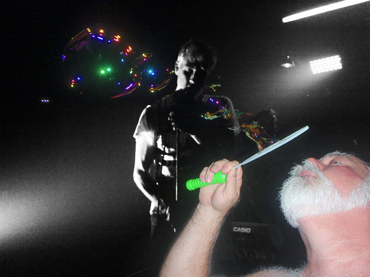 BUBBLES KILLED IT AT SPENCER'S GIFS LAST NIGHT