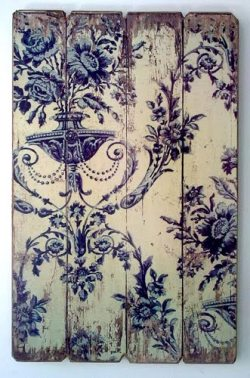 wasbella102:  Blue Willow pattern on wood