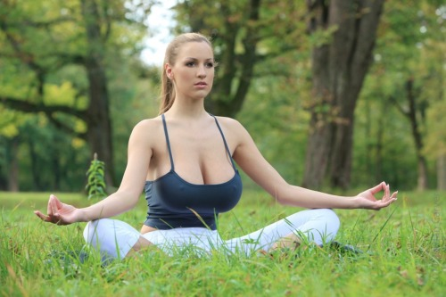 teardropbreast:  Jordan Carver - yoga meditation