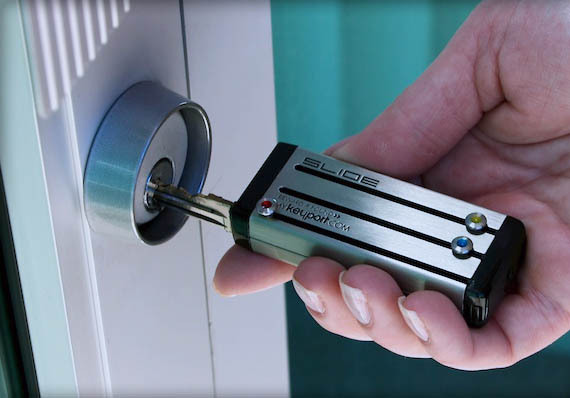 thebestsometimesforget:  this is the coolest thing ever. it can hold keys, usb drives, led lights, etc. totally buying one.