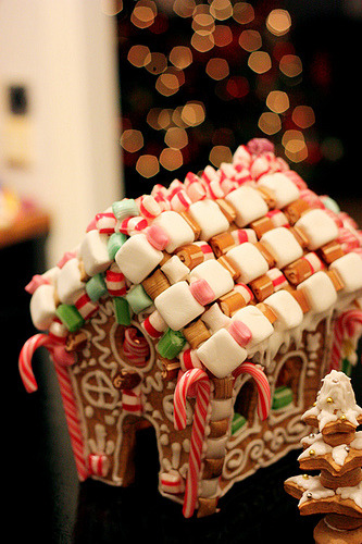 Love gingerbread houses for Christmas  (by Miss Cupcakery)