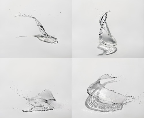 Water Sculpture by Sinichi Maruyama (video)
