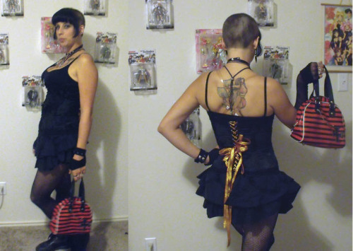 Decked out for the Gothic Ball lastnight @ Elysium. I had sooooo much fun, and I got very drunk lol!! I also, as you can see half shaved my head. LOL. Feel weird. Next weekend It will all be gone for my Ripley and Evee Hamon cosplays for Wizard world comic con here in Austin! I'll be booth babeing all weekend at the Game Over Games Booth!  I also got to meet to women who own the local gothic clothing shop and they said they would LOOOVVEEE to carry my clothing in their shop! 0_0 I'm so excited! Must get to work on that ASAP!