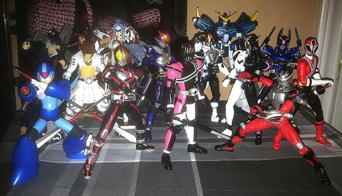 This is my collection thus far.  Soon to be added are OOO, Kiva, Kuuga, Agito, and Kabuto Figuarts.  Figma figures hopefully to be added are Aigis and Kagura.  Burning/God Gundam—  TBD.  Revoltech—  done.