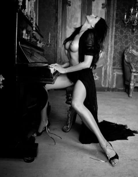 I enjoy my piano practice…especially when I can be sure that my guy will have a reason to demonstrate his appreciation of my efforts ;P