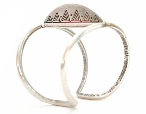House of Harlow Mohawk Cuff
