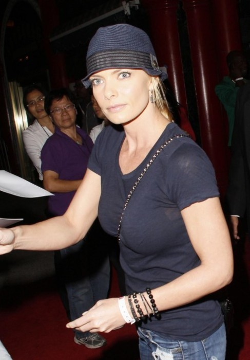 Jaime Pressly and her see-through t-shirt
