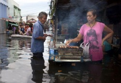 One woman is working in Thailand to sell barbecue.