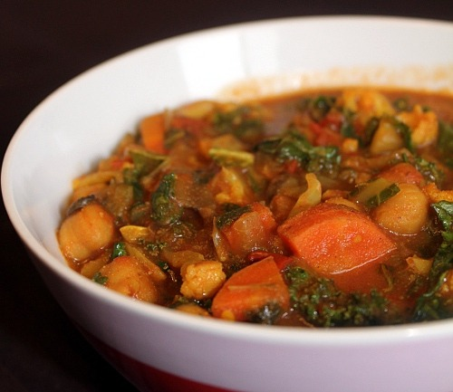 findvegan:  vegetable chickpea curry is a simple one-pot meal.