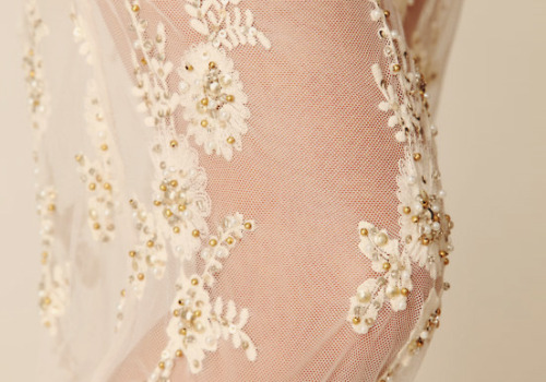 ~ellaphoa~ A blog of vintage, lace, elegance.