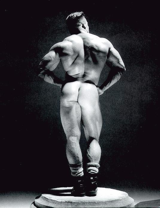 lovehugemuscles:  Steve Sterling.  Behind.