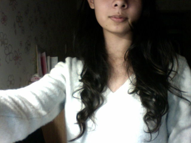 tsuri-ouji:  how the balls is my hair this curly i thought i was asian i do not understand.