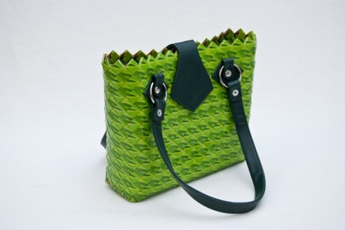 I saw this gorgeous bag from Accessory Fox on Etsy the other day. The colours are so great! And when I found out that this bag was made with foil candy wrappers, the intrigue increased. This is a great piece!