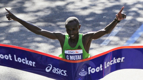 fyeahafrica:  Kenya's Mutai sets NYC Marathon record Geoffrey Mutai of Kenya won the New York City Marathon, setting a new course record. The 2011 Boston Marathon winner crossed the finish line at 2:05:06. The previous record was 2:07:43, set by Tesfaye Jifar of Ethiopia in 2001. The 30-year-old has established himself as the favorite at next summer's Olympics after two landmark performances this year. In April, he ran the fastest 26.2 miles in history: A time of 2:03:02 in Boston. It didn't count as a world record because the course is considered too straight and too downhill. The second- and third-place finishers today also broke the old course record. Fellow Kenyan Emmanuel Mutai (no relation), the London Marathon champ, was 1:22 back. Tsegaye Kebede of Ethiopia was third. [read more]
