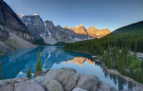 Sunrise on Lake Moraine by Fil.ippo on Flickr.
