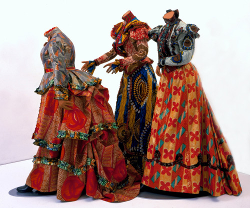 allrightmrdemille:  Yinka Shonibare, The Three Graces, 2000, The Speed Art Museum, Louisville, Kentucky