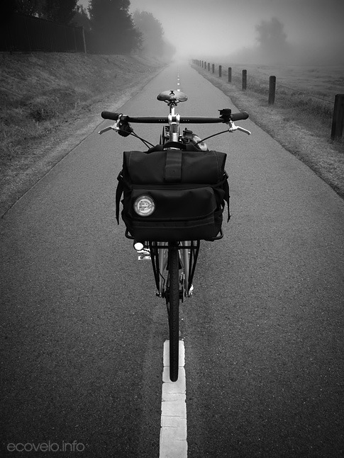 (via EcoVelo » Blog Archive » Tule Fog)