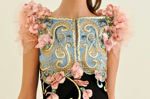 theredtelephone:  Alexis Mabille Fall 2011 Haute Couture  i want a gown like this….@_@