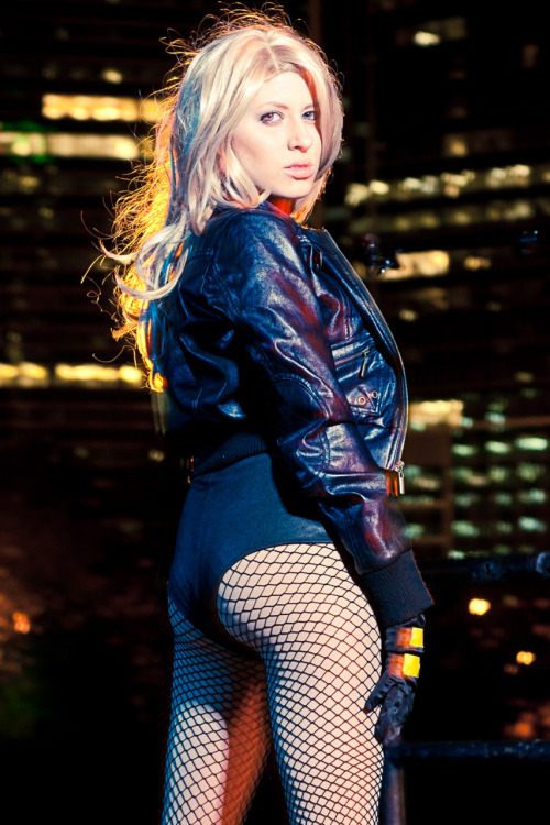 DAT ASS but srsly… here's my Black Canary cosplay :) Look out for the photo set in January's issue of Fan Fantasy Magazine. Submitted by g33kchic