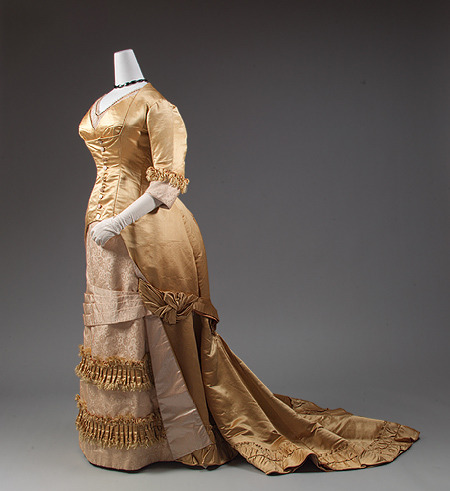 Evening dress, 1877-82 Europe, the Met Museum
