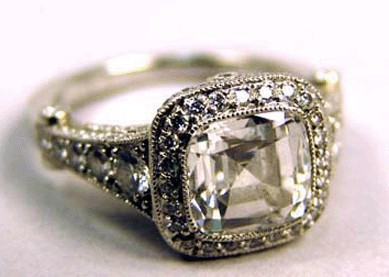 the-big-day:  vintage Tiffany.. wowzer!!  I wish…