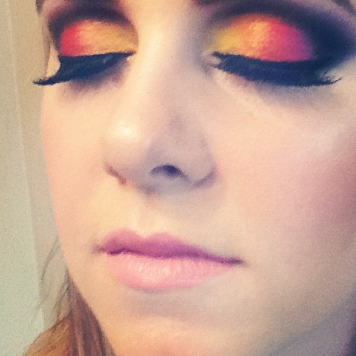chaosmakeupartist:  Sunset eyes