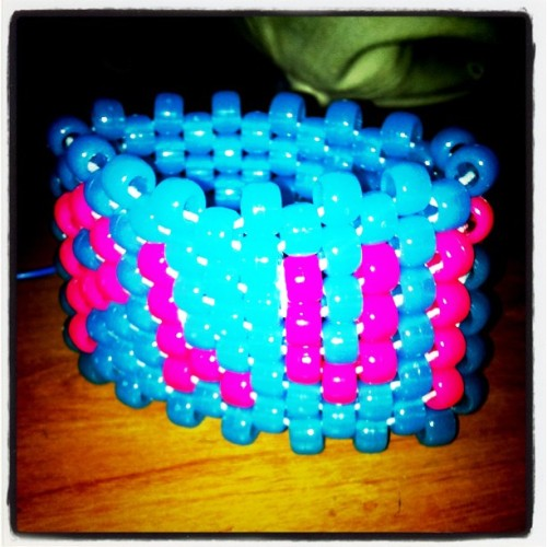 PLUR #plur #rave #raves #ravers #edm #music #candy #ig #iphone4 #iphone #instagram #pictureoftheday #photooftheday #iphoneonly #beads #sick #sweet #blue #nasty # (Taken with instagram)