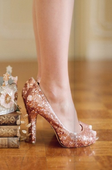 Oooh, sparkly peach shoes!