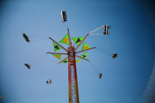 threeseptembersandajanuary:  (via 1 Carnival Ride Topsfield Fair | Flickr - Photo Sharing!)