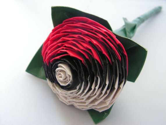 Pokeball Rose - by QuirkyQrafts Hey boys, if you're going on a date tonight make sure to give your girl this flower. If you do, I promise you'll get some action. Available on Etsy