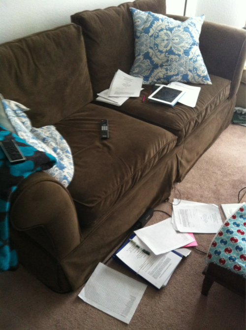 awkwardlyawesome:  This is how I work: all the things surrounding me.  Nursing school flashback.