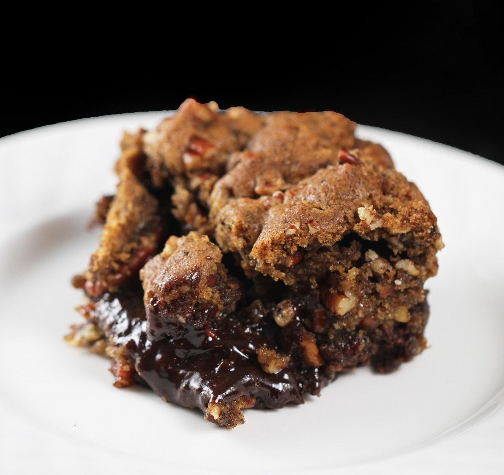 foodfuckery:  Black Bottom Pecan Praline Bars Recipe
