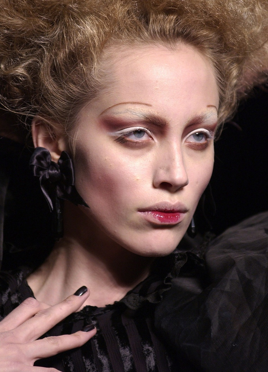 John Galliano Spring 2004 Ready to Wear