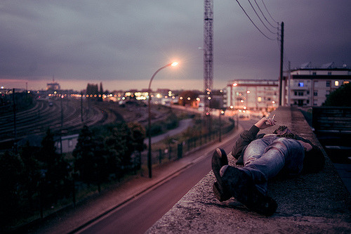 airplaneguns:  BLACK ANGELS (by Theo Gosselin)