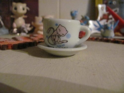 gosh i just love my super adorable mew teacupi wish i was small enough to drink out of it ~(^.^)~