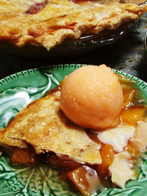 Peach pie with homemade peach sorbet! CC image and recipe via flickr user norwichnuts.