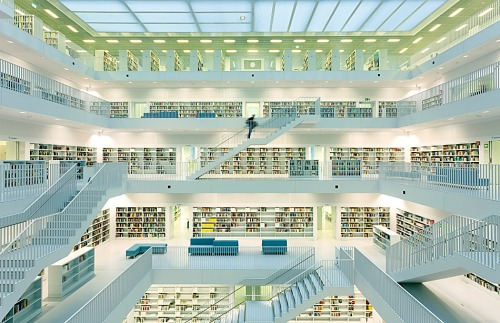 unknownskywalker:  New library in Stuttgart by DieterJL