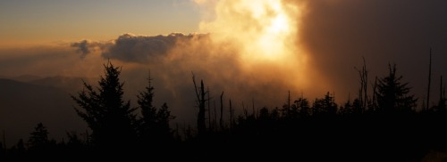 sky on fire Clingmans Dome