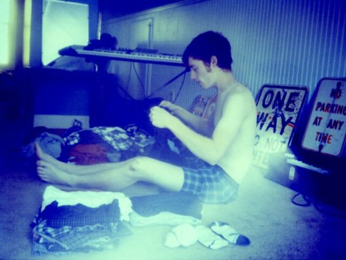 i like to take photo's of peter while he folds clothes. :p