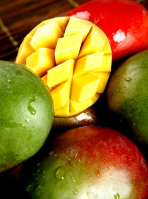 mywant3dbody:  I love this fruit with a passion.  .:.mango is my ViCE.:.
