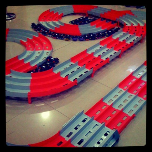 Let's race! #racetrack #kids #race #playtime (Taken with instagram)