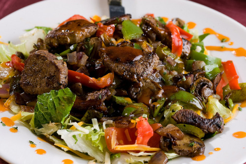 Tossed Steak Salad by Kilo 66 on Flickr.