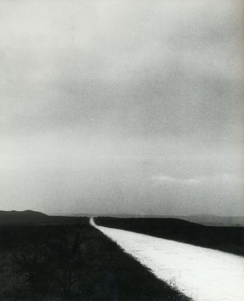 liquidnight:  Bill Brandt Unknown location, 1940s From The Photography of Bill Brandt