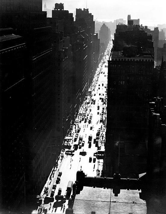 Berenice ABBOTT Seventh Avenue looking south from 35th Street.  Dec. 5, 1935.  ID: 482802 link