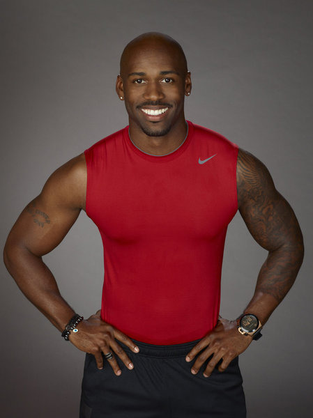 "Dolvett took a leadership role in setting his team's menu, because he's a bit of a control freak like that. As if Dolvett isn't already your fantasy boyfriend, he tells us that he's been cooking since he was five and learned everything he knows from his mom. SWOON! I bet he gives excellent backrubs, too.  - Potes, The Biggest Loser 12-8 ""Season 12, Episode 8"" Weecap"