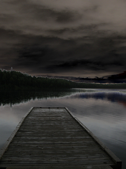 youarelikeadrugforme:  solarized dock by beaner11_81 on Flickr.