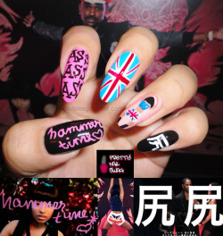 "prettynailswag:  ""NOW MAKE THAT MUTHAF*CKER HAMMERTIME""My Nicki Minaj / Big Sean - A$$ Nails…this vid goes hard, but Nicki kills it…Kiss my A$$ and my anus cuz it's finally famous bahahahaa"