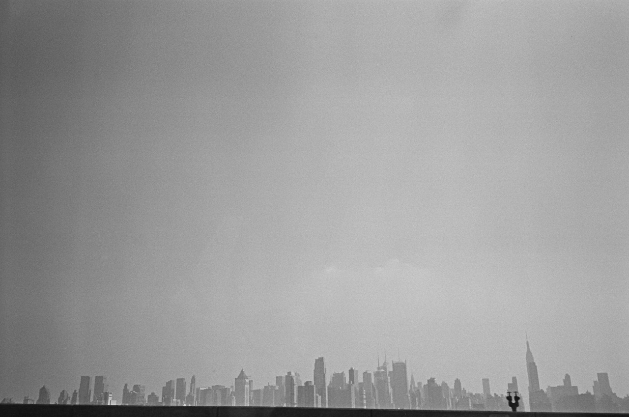 bagnostian:  the big beautiful city from a car in new jersey. (Yashica T3)