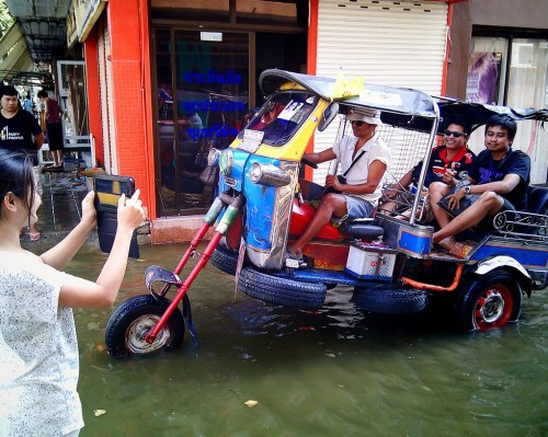 Flood Proof TukTuk submitted by Kanok