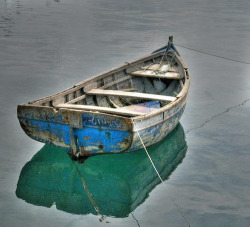 Old Boat by ~Luís~ on Flickr.